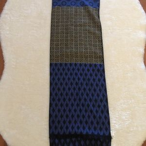 3/$20 New Blue mix scarf
